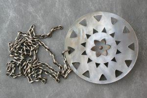 Bula! pendant